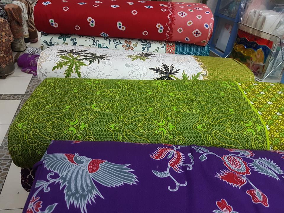Batik fabric wholesale FABRICS WITH HANDPRINT TECHNIQUE