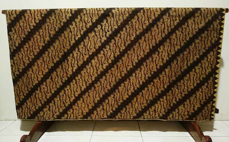 Batik Tulis Indonesia with traditional handmade
