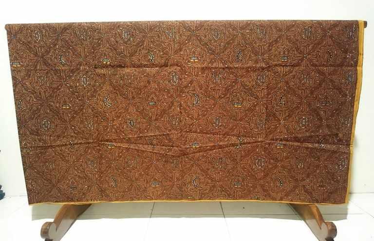 Traditional Batik tulis keraton