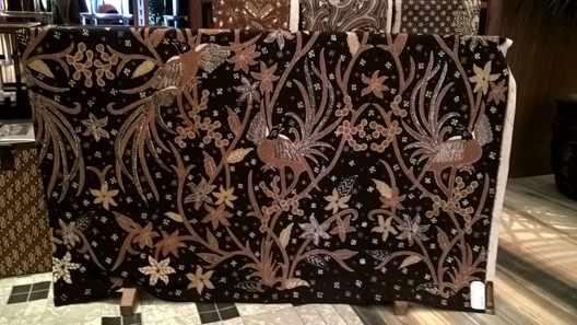 Batik fabric wax for Canting tulis asli at Batikdlidir