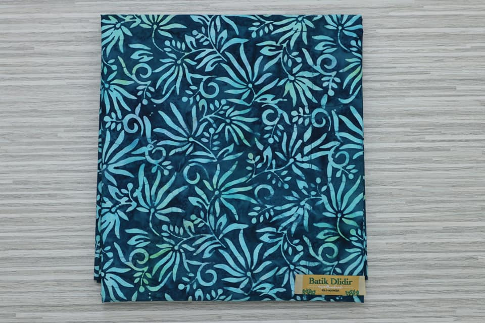 Batik fabric navy at Batikdlidir