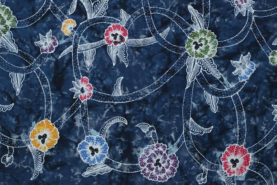 Buy batik fabric with cheap price and also reliable at Batikdlidir