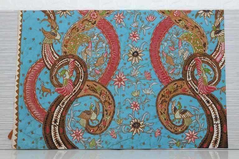 Dragonfly batik sarong includes unique motif
