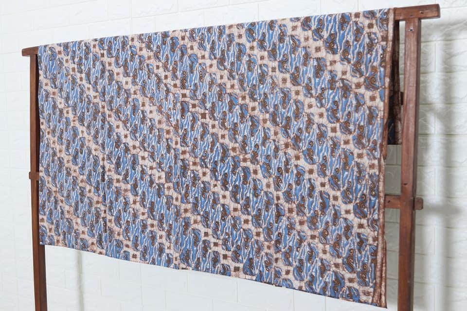batik fabric characteristics
