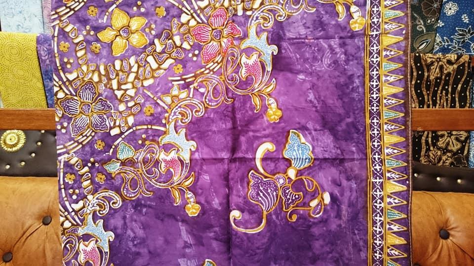 Batik fabric India with local wisdom