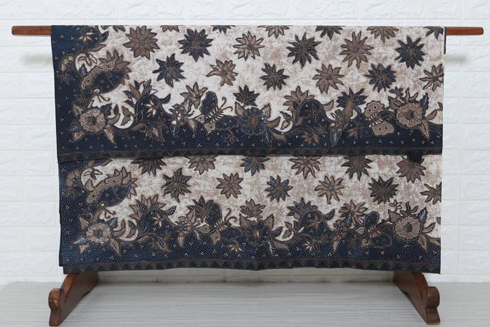 What is Batik Fabric Singapore from Indonesia