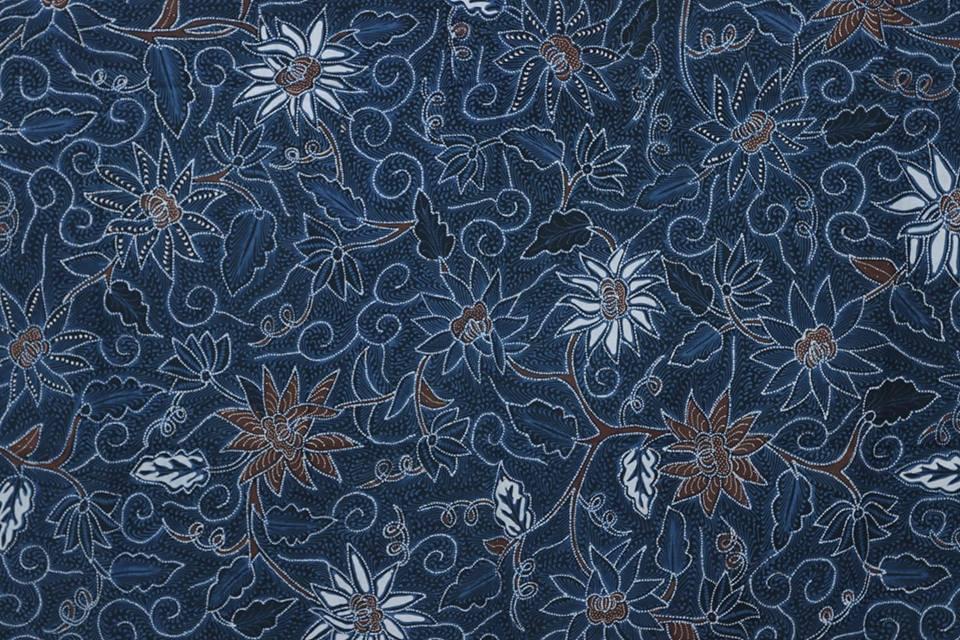 Indigo blue batik fabric Camboja at Batik Dlidir