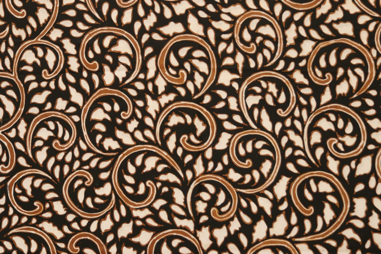 Traditional Indonesian Batik Fabric Motif Ungker Tembok BX 308